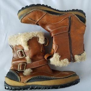 Merrell Camel Fur Trimmed Snow Boots Waterproof